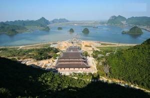 Cận cảnh ngôi chùa lớn nhất Việt Nam - Nơi sẽ đặt báu vật thiên thạch mặt trăng 600.000 USD