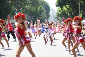Carnival đầu tiên trên phố đi bộ